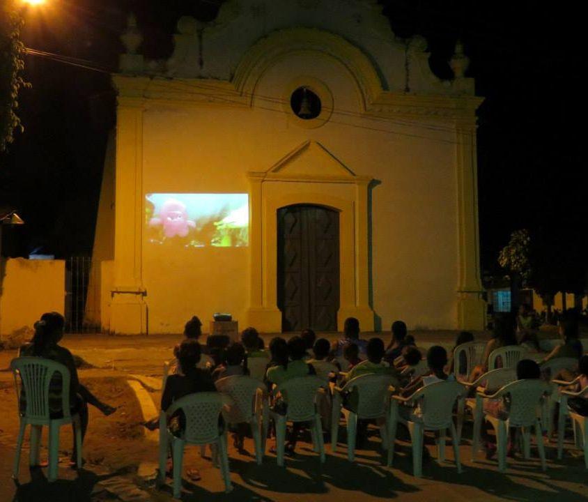 Cinema na Praça